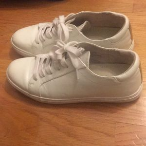 Kenneth Cole Kam white sneakers